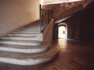 Abbaye de Noirlac, escalier