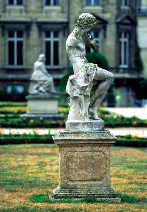 Berger jouant de la flûte, jardin public, Bordeaux, Gironde