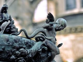 Cathédrale de Bourges, Cher – Les statues des jardins de l'archevêché, détail