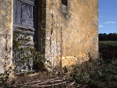 Chapelle Saint-Marc, Pelvezy, Dordogne – Détail de la façade