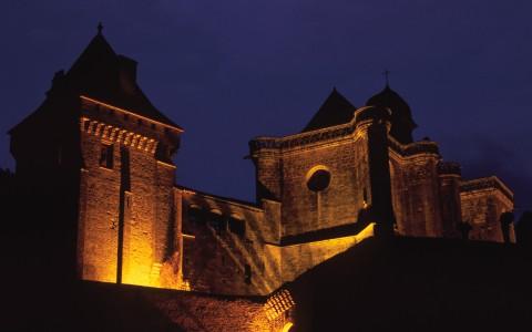 Château de Biron, Dordogne – Le château de nuit