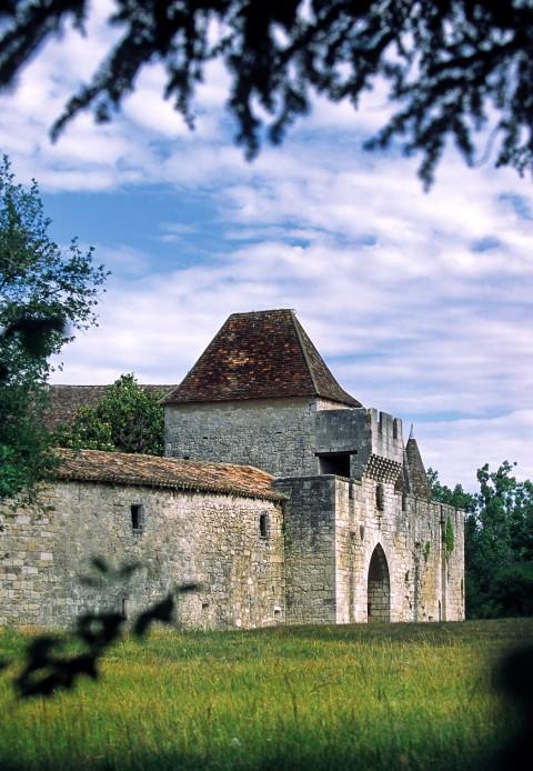 Château de Bridoire, Dordogne – Le châtelet d'entrée