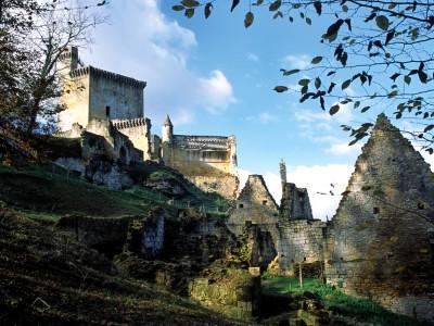 Château de Commarque, Dordogne – Le castrum