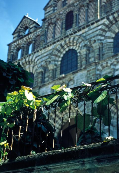 Le Puy en Velay, Haute-Loire – La cathédrale, façade
