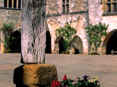 Monpazier, Dordogne – La vieille halle, détail