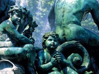 Monument aux Girondins, Bordeaux, Gironde – Personnages en plan rapproché
