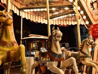 Chevaux en furie… sur carrousel, Alsace