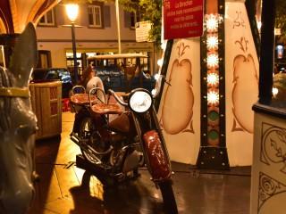 Moto et carrousel, Alsace