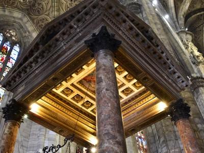 Duomo di Milano, Cathédrale de la Nativité de la Sainte-Vierge, vue intérieure – Milan, Italie