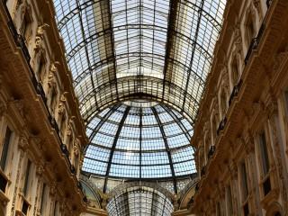 Galleria Vittorio Emanuele II, en perspective – Milan, Italie
