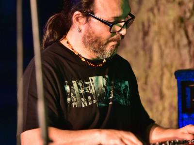 Emmanuel Boch, piano et orgue «Roots Noise»