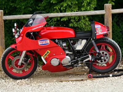 Zone rouge ! Honda Japauto 950 SS