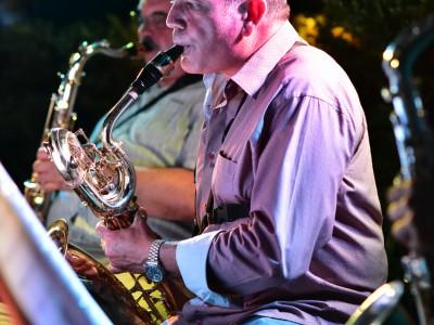 Jean-Stéphane Vega et son saxophone baryton.