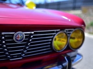 Alfa Roméo 2000 GTV Bertone, détail.