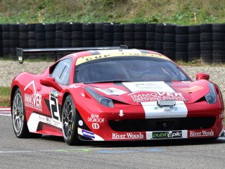 Ferrari 458 aux éssais