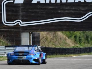 Porsche GT3 sur le circuit