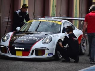 Porsche GT3, passage au stands