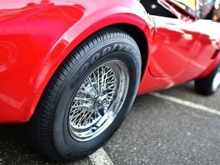 AC Cobra, roues fils