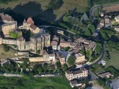 Château de Biron, vue aérienne
