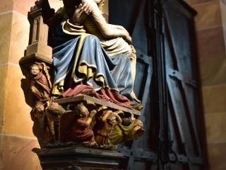 Pietà XV siècle, pierre polychrome, Thann, Alsace