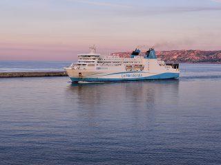 Port de Marseille au lever du jour