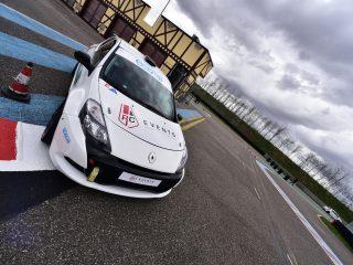Clio III Cup prête au départ