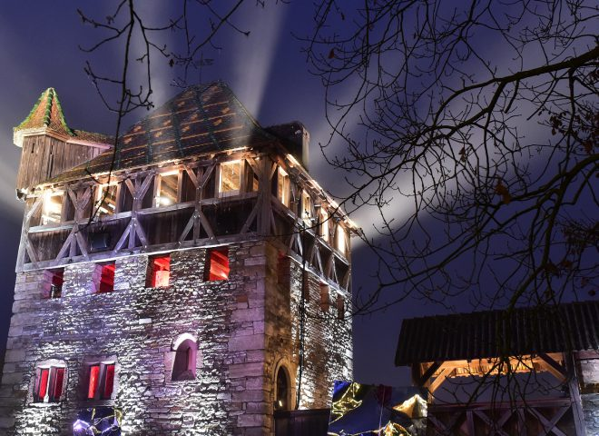 Maison forte dans la nuit Ecomusée Alsace